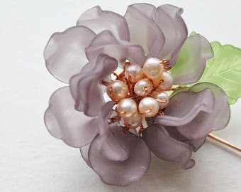 Peony Frosted Petal Freshwater Pearls Pin in Grayish Purple