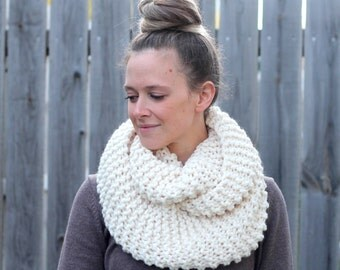 Cozy Infinity Scarf in Off White Fisherman- Other colors available