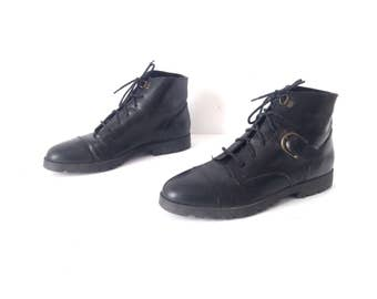 vintage BLACK gold buckle WOMEN'S size 8 GOTH booties vintage shoes boots