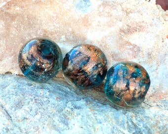 6 pcs 14mm Round Teal Dark Turquoise with Copper Foil Accents