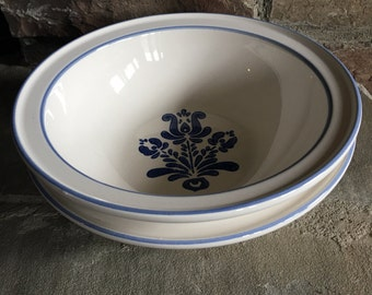 Pfaltzgraff Blue Village Vegetable Bowl Glossy White w/ Flowers & Band Vintage - #A2870