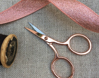 Mini Rose Gold Embroidery Scissors. 6.5 cm needle craft scissors