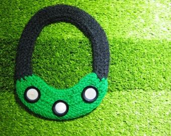 Crochet green necklace