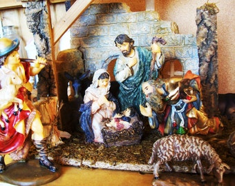 Christmas - vintage nativity set, 10 piece hand painted corner nativity set
