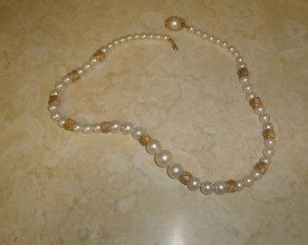 vintage necklace faux pearls goldtone beads