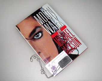 "Michael Jackson ""MOON WALK"" 1988 1st Edition Book / Mint / And Free Rare ""One Night Only"" Dog Tag Necklace / Free US Shipping"