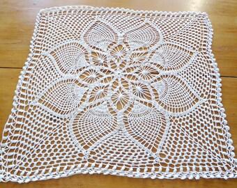 Crocheted Doily Vintage White Large Doily Centerpiece   E2