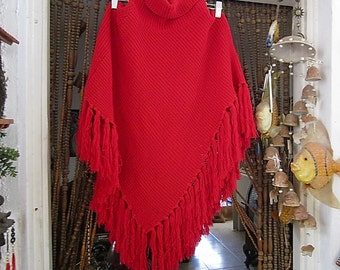 Beautiful Lipstick Red Fringed Knit Poncho, Warm Winter Poncho W/Adjustable Rolling Collar