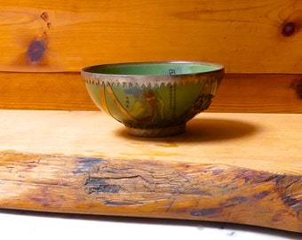 Vintage Jade Green 8 Immortals Chinese Porcelain and Silver Metal Bowl