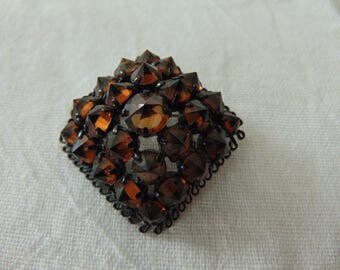 vintage topaz crystals black pyramid pin open backs
