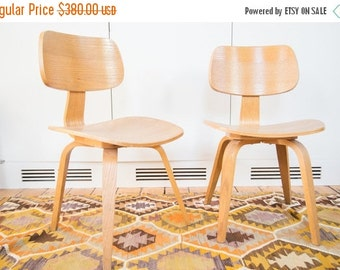 HOLIDAY SALE 10% OFF Vintage Thonet Style Wooden Side Chair Pair