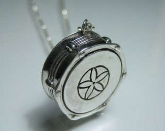Snare drum necklace snare necklace silver snare drum drum player necklace