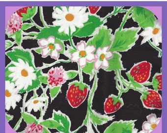 Remnant Large STRAWBERRY  & Daisies on Black Cotton Fabric Fat Quarter