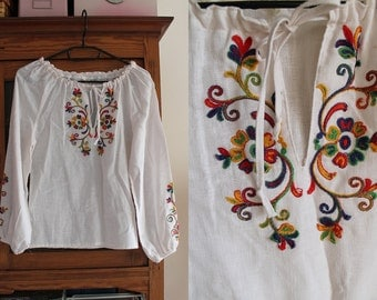 Vintage Peasant Blouse - 1970's  Embroidered Blouse  - Size XS