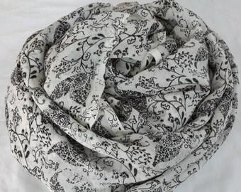 Silk chiffon, georgette, indian silk, printed floral, black white print, ready to sew, fabric by the yard, monochrome, womens print, silk