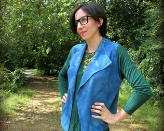 S. City Vest in storm blue bamboo fleece fabric. Many ways to wear it! Cozy And Stylish.