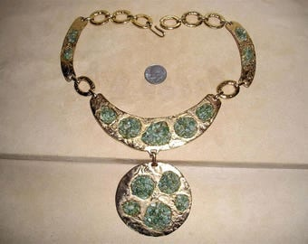 Vintage Large Runway Real Jade Stone Medallion Choker Necklace 1970's Gold Tone Jewelry 10074