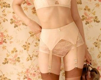 Handmade 1930s Vintage Inspired Peach Garter Belt, Suspender Belt. U.K Sizes 6,8,10,12,14,16