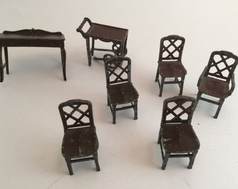 Antique Vintage Tootsie Toy 1:24 scale 5 dollhouse chairs ++