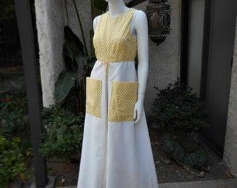 Vintage 1970's Les Wilk White & Yellow Gingham Sleeveless Dress- Size 10