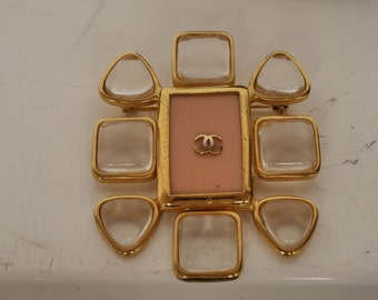 Chanel brooch 1996  get 15% discount w code
