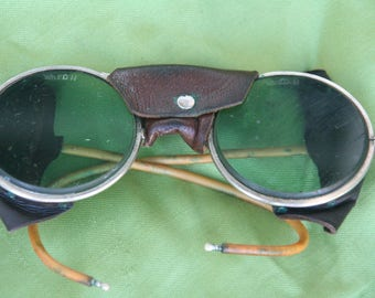 Vintage Motorcycle Safety Sun Glasses Sunglasses with Leather Blinders
