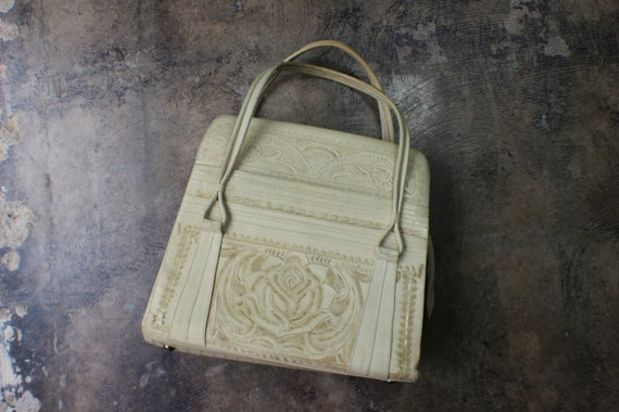 Large Tooled Leather Purse / Cream 50's 60's  Handbag / Vintage Mexican Bag
