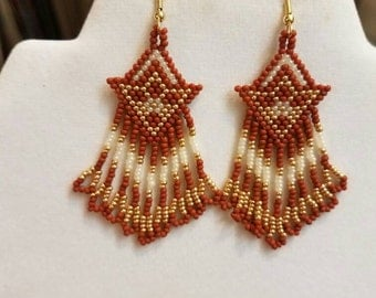 Native American Style Seed Beaded Arrow Earrings in Seinna, Off White, Gold Southwestern, Brick Stitch, Peyote Boho, Gypsy, Ready to Ship