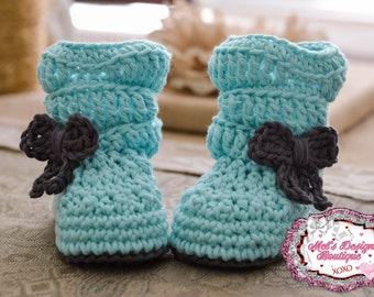 baby boots, baby girl boots, crochet boots, baby shower gift, boots, 0 3 month slouch boots, baby shoes, baby booties, aqua ready to ship