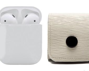 AirPods Case, pouch, Earphones carrying solution. Belt Loop Clip. Vegan. WeirdOldSnail