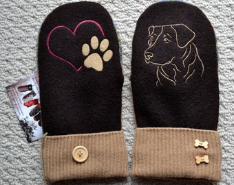 WOOL MITTENS Labrador Retriever Dog Embroidered, Handmade, Recycled Upcycled wool sweater, Fleece Lined Patchwork. Heart Paw, Dog Lover Gift