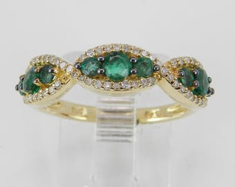 14K Yellow Gold Emerald and Diamond Anniversary Band Wedding Ring Size 7 May Birthstone