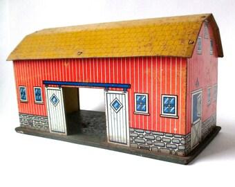 Antique Tin Barn, tin litho building, farm toy, tin toy, 1950-60s, farmer, doll house