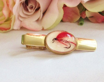 Vintage Tie Clip Angler's Fly Fishing Lure in Clear Lucite Men's Jewelry Formal Wedding Vintage Cufflinks By Vintagelady7