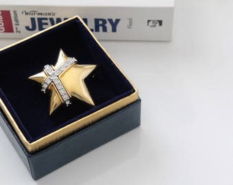 Reserved for Mila *********************   Signed Joan Rivers Star   brooch #1072/1
