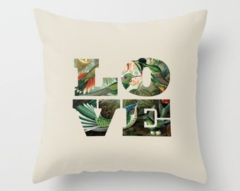 4 colours, Hummingbirds Pillow, Love pillow, Birds, Nature cushion cover, Vintage style, Faux Down Insert, Indoor or Outdoor cover