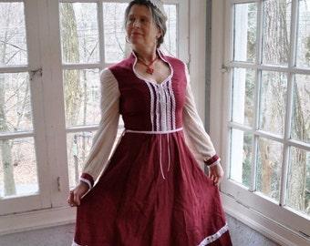 NEW YEARS SALE Ren Faire Burgundy Red Princess Midi Skirt Peasant Dress/Vintage 1970s/Gunne Sax Style Prairie Dress/Size Small