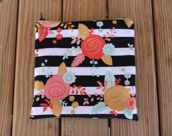 Reusable Sandwich Bag, Mod Flowers - Zipper Sandwich Bag, Reusable Pouch, Snack Bag, Eco-Friendly Bag