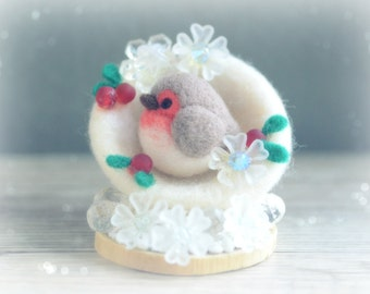Needle felt robin bird Christmas ornament, handmade bird in snowball holiday decor, winter bird in snow with hollies, gift under 25