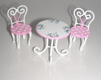 1:24 Half Inch PINK WHITE CHECK Patio Set Ice Cream Parlor Table and 2 Chairs Dollhouse Miniature Hand-Painted Furniture Cottage Chic Roses