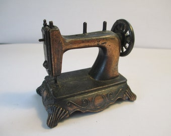 Vintage Durham Industries miniature sewing machine metal bronze tone used