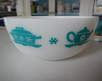 Turquoise Kitchen Aids Dutch Treat Cereal Bowl Hazel Atlas Milk Glass
