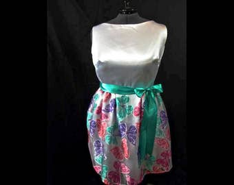 Butterfly Special Occasion Dress size 3X 22-24 White with Sheer Butterfly Overlay, Teal Ribbon