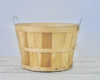 Vintage Split Wood Bushel Basket With Wire Handles Apple Baskets Primitive CP2