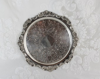 Vintage Silverplate Tray- Small Round Dresser Tray- Hallway Mail, Keys Tray- Two drink Tray- Perfume tray- Baroque Wallace 264- 9-1/2 inches