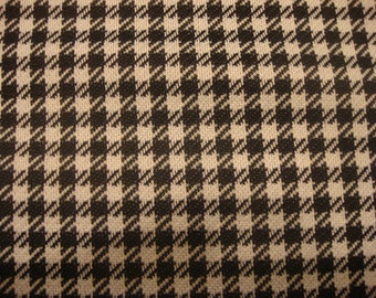 Vintage Black White Houndstooth Polyester Knit Fabric Material