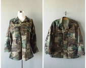 Hippie Military Jacket | Vintage 90s Camouflage Grunge Button Down Shirt Top Size S/Small X-short Army Green Camo Coat 1990s Hipster Boho