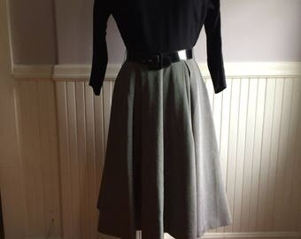 Women's Vintage Clothing / 1950's Dress / Theater / Movie / Costume Shop / Laurie Jane- New York Label