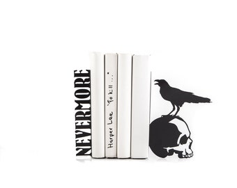 Bookends Nevermore // Raven on a skull // EDGAR ALLAN POE // Room Decor // For Library // Free Shipping // Poetry decorative bookends