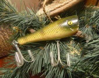 "Wooden Creek Chub Bait Co. ""Plunker""  Fishing Lure    (T)"